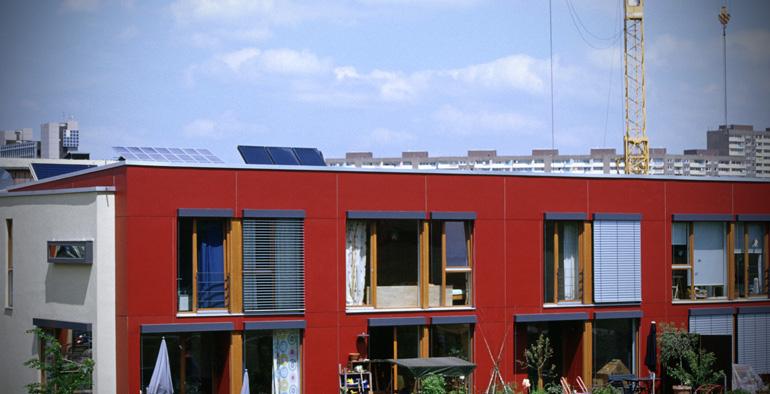 mit umweltschutz beim hausbau sparen. Black Bedroom Furniture Sets. Home Design Ideas